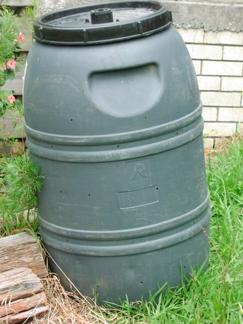 how to make a compost container