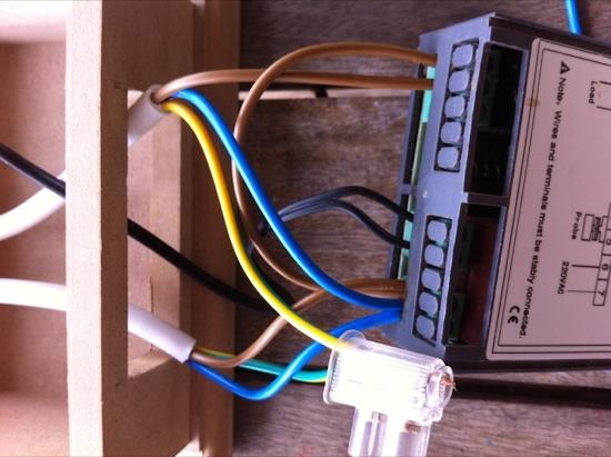 Fridgemate temperature controller wiring details