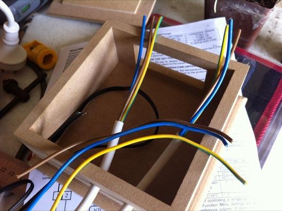 Temperature controller wires